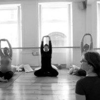 Jordemoderhuset Yoga